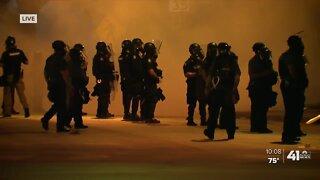Police use smoke on Plaza protesters
