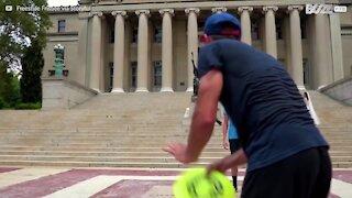 Hur man spelar freestyle frisbee