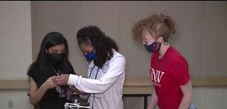 UNLV all-girls robotics camp aims to close gender gap in STEM fields