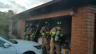 Rural Metro crews respond to early morning house fire