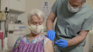 UArizona-led study shows vaccinated people likely do not carry or spread virus