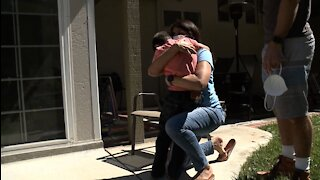 San Diego dancing nurse shocks family with surprise homecoming