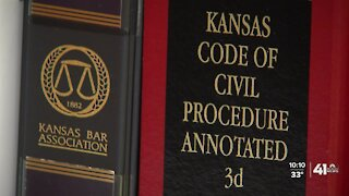 "Bill to suspend ""speedy trial statute"" clears Kansas House"
