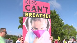 Palm Beach County parents expected to flood school board meeting over mask debate