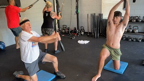 Valley Forge over lead leg/Suspension Barbarian Squat