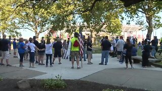 Rally to support police held in Cleveland, protesters hold counter event