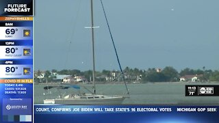 Teen dies boating accident