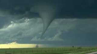 Gigantesco tornado avvistato negli USA