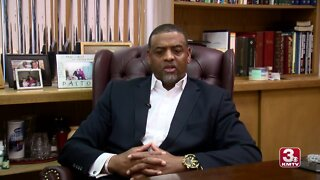 Interview With Pastor Who Walked Out of Meeting With Ricketts