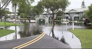 Hobe Sound residents assess damage from flooding