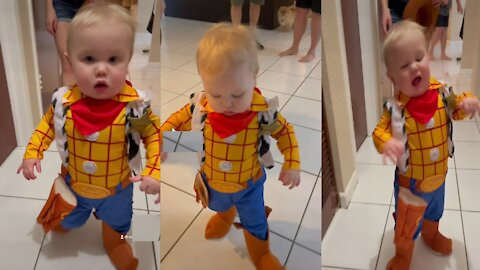 Baby loves his 'Toy Story' themed Halloween costume