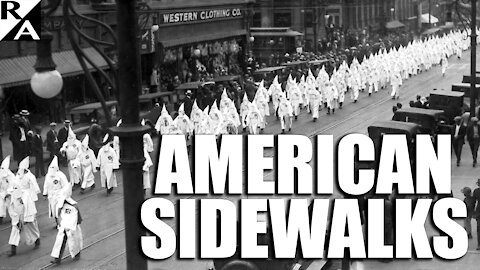 Sidewalk Racism: White College Students Fail to Make Way for Black Journalist