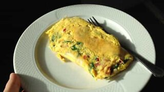 Robot cooks the perfect omelet!