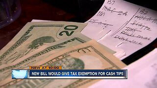 Lawmakers propose making cash tips tax free