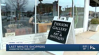 Local businesses increase sales thanks to last minute holiday shoppers