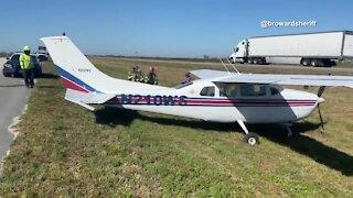 Small airplane makes emergency landing on Sawgrass Expressway
