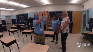 Pasco teachers return to class