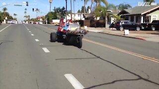Babbo Natale arriva in California... in moto!