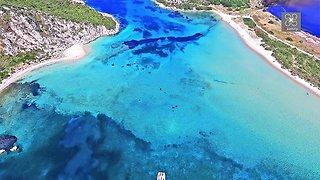 Drone captures secret tropical paradise beach in Greece