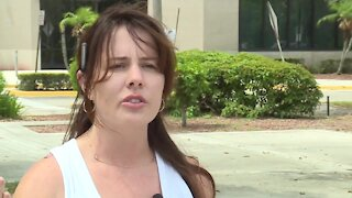 Palm Beach County parents talks face masks