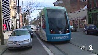 Streetcar fare battle between mayor, city council heats up