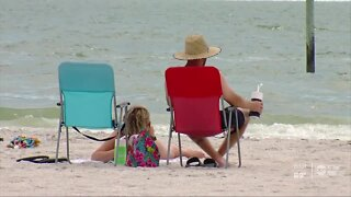 2 people injured after being struck by lightning at Clearwater Beach