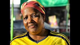 Las matronas del frito callejero en Cartagena