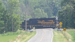 Wheeling & Lake Erie Train with 5 Locomotives in Creston, Ohio