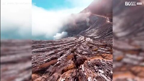 Drone captas imagens impressionantes dentro de vulcão