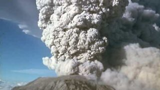 Huge cloud of ash released from Sinabung volcano, Indonesia