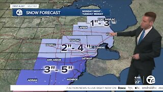 Metro Detroit forecast: Clouds, flurries this afternoon, accumulating snow tonight