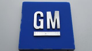 GM Halts Production Of Full-Size Pickups