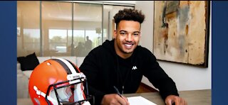 Las Vegas local signs with the Cleveland Browns