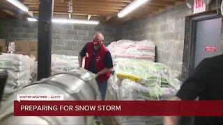 Metro Detroiters prep for first winter storm