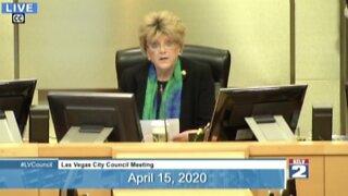 Las Vegas mayor calls shutdown 'total insanity'