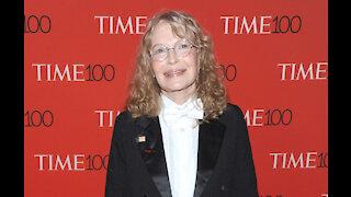 Mia Farrow is scared of Woody Allen