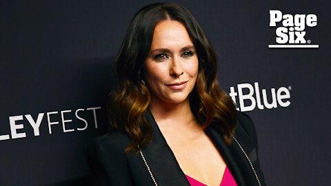 Jennifer Love Hewitt recalls media's 'gross' obsession with her body