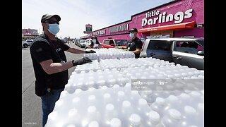 Las Vegas strip club gives away water