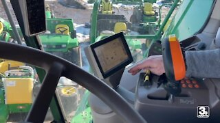 Nebraska bill would give farmers right to repair own equipment