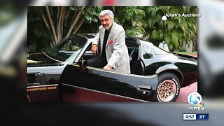 Burt Reynolds' belongings up for auction this weekend
