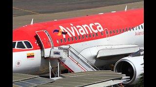 Video: Incidente entre dos aeronaves en Cartagena