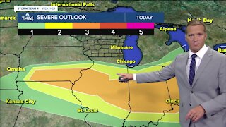 Sunny afternoon in Milwaukee, evening chance of thunderstorms