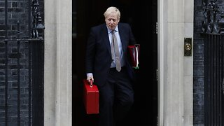 U.K. Prime Minister Hospitalized With 'Persistent' COVID-19 Symptoms