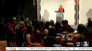 KMTV's Mary Nelson emcees Omaha Go Red for Women event