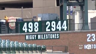 Cabrera continues to close in on 500th career home run