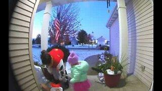 Security camera captures greedy mom on Halloween