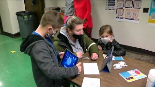 Buffalo Public Schools finally gets its order 10,000 iPads
