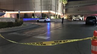 Police: 3 injured in shooting at Fashion Show mall on Las Vegas Strip