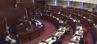 Nevada lawmakers tackling budget crisis