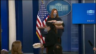 Journalists Were REALLY Excited For Cookies From Psaki